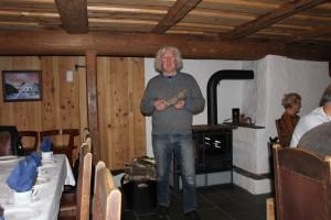 Leiaren i laget, Lars Mæland,  orienterer